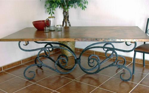 Csodaszép kovácsoltvas asztalok, székek