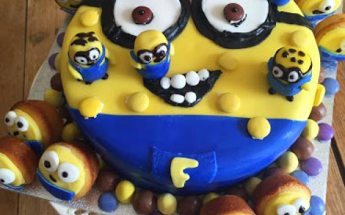 Tizenegy kreatív Minion süti ajándék